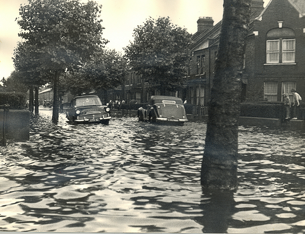 Flooding Winns Ave Mersey Rd 1963